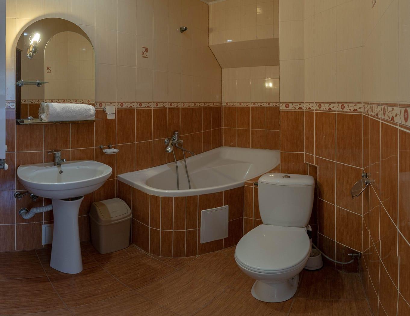 ПОЛУЛЮКС, ванная комната
