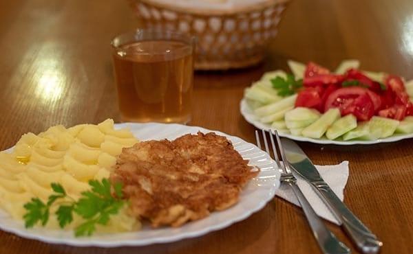 Отдых в Карпатах с питанием комплексные обеды